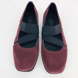 Clark's Maroon  Suede Strappy Mary Jane Slip On 8M